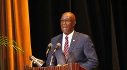 Trinidad-Tobago President reaffirms leave for Chief Justice