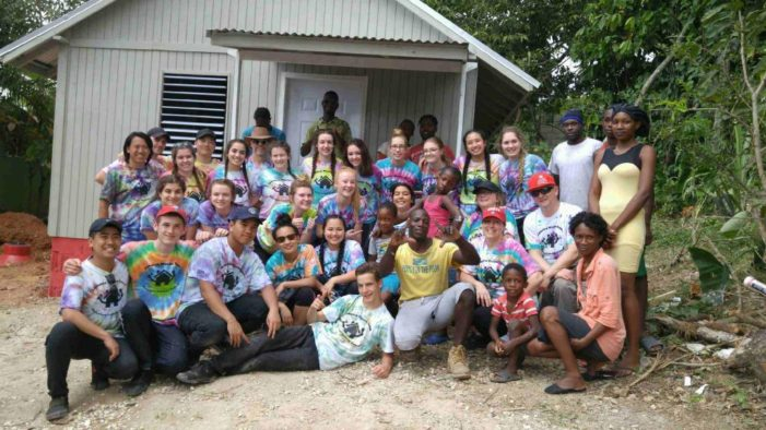 Belleville college students build houses in Jamaica